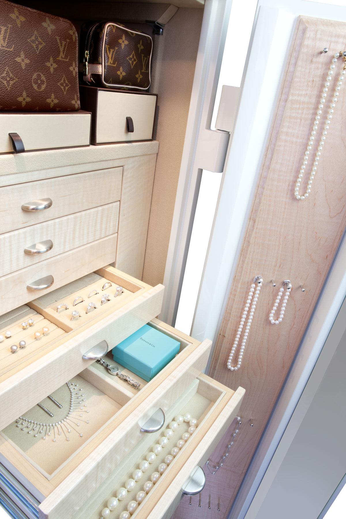 Jewelry Safe - Luxury Jewelry Safes - Brown Safe Manufacturing, Inc