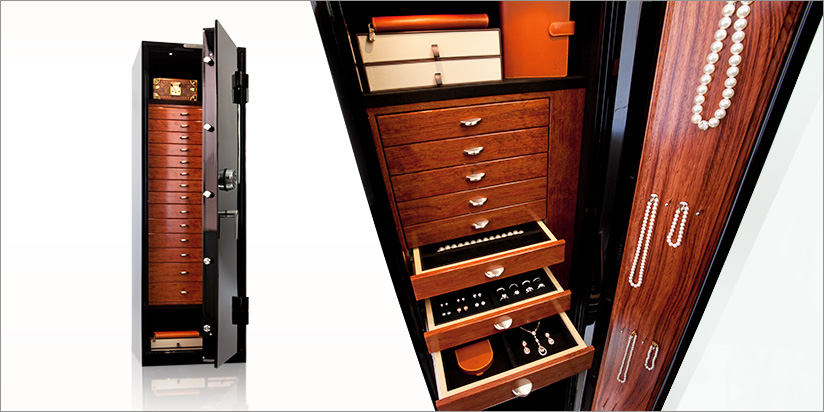 GEM MODEL 6018. Largest Jewelry Drawer Offering